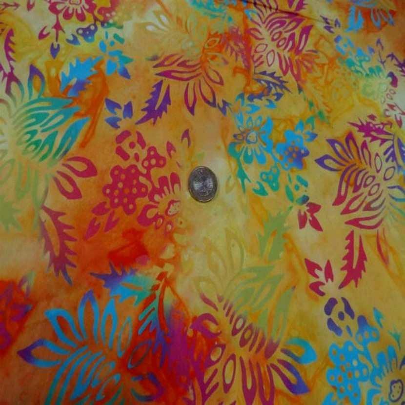 Batik motif fondu ton rouge jaune orange vert bleu0