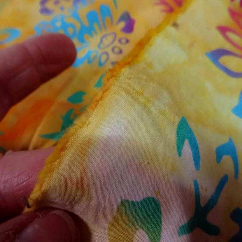 Batik motif fondu ton rouge jaune orange vert bleu2