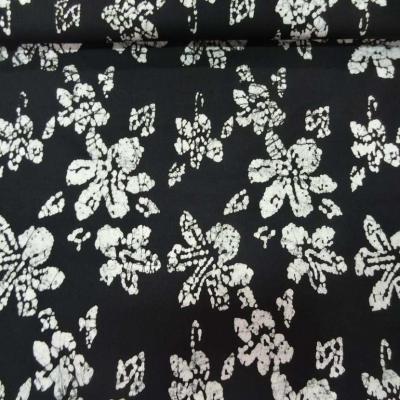 Batik ton noir imprime fleurs blanche