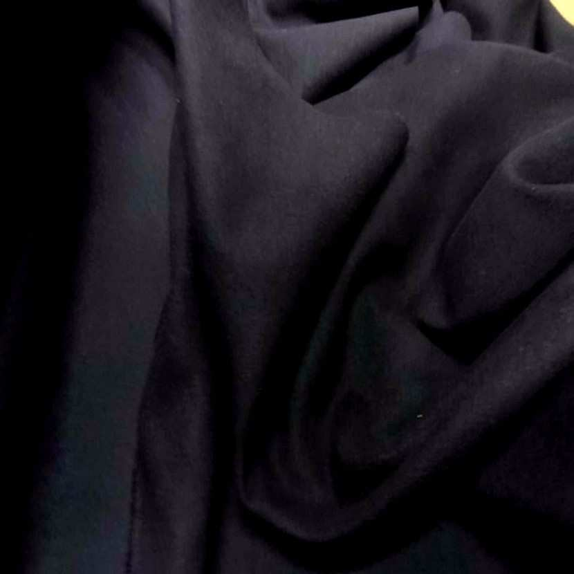 Beau lainage pour manteau noir3