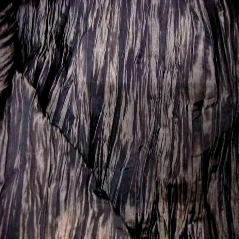 Beau taffetas froisse plisse marron reflets noir en 1 25m de l3
