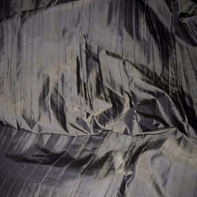 Beau taffetas plisse ton kaki en 1 35m de l3