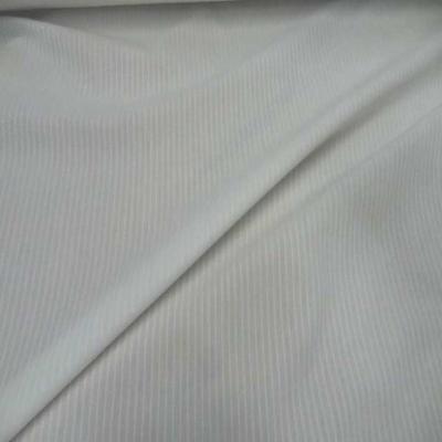 Coton blanc faconne rayures