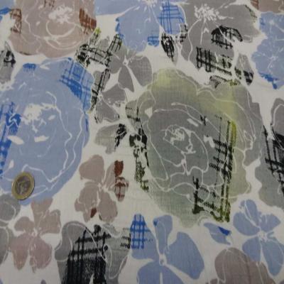 Coton blanc imprime fleurs bleu taupe et gris