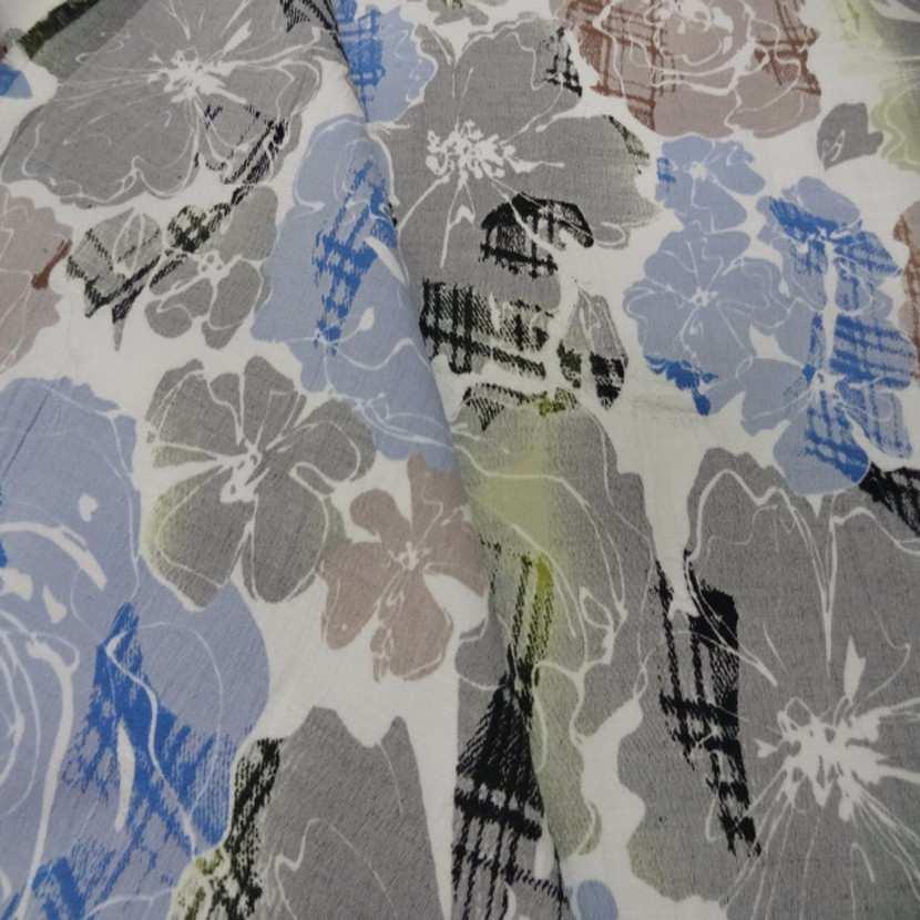 Coton blanc imprime fleurs bleu taupe et gris0