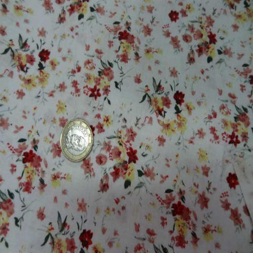 Coton blanc imprime petite fleurs ton rouge en 1 40m0