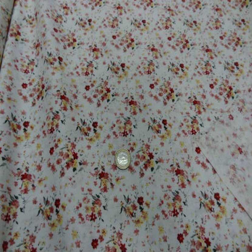 Coton blanc imprime petite fleurs ton rouge en 1 40m2