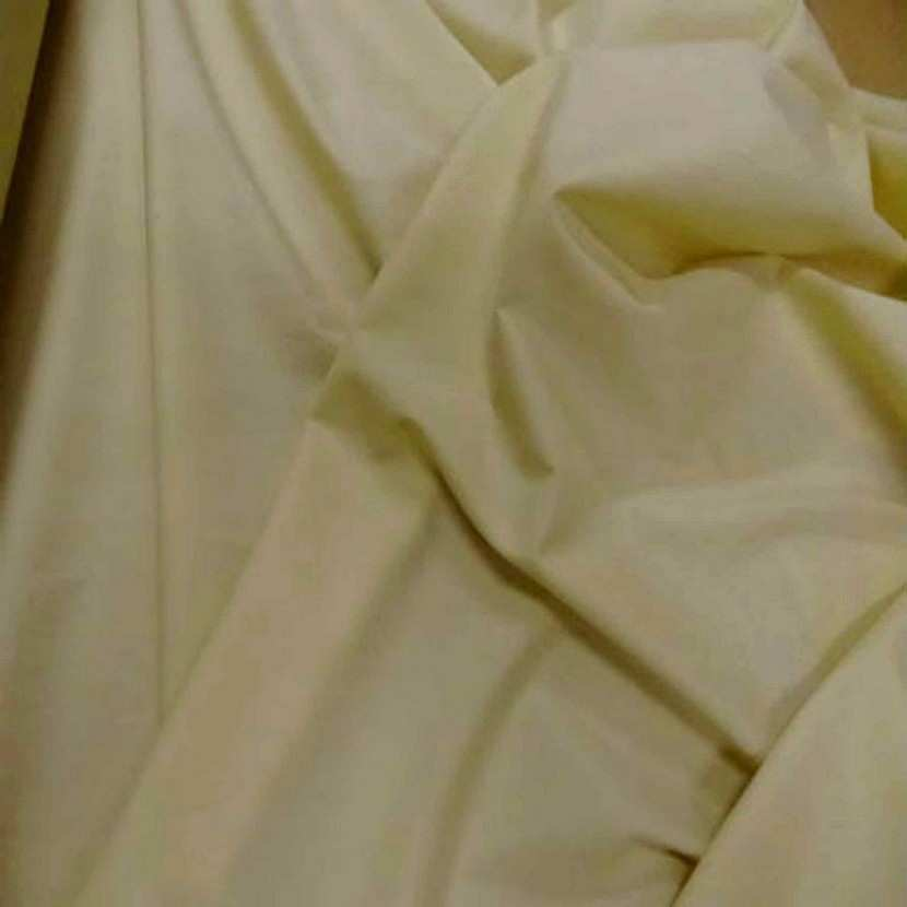 Coton fin uni jaune paille4