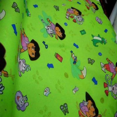 Coton imprime enfant vert dora l exploratrice