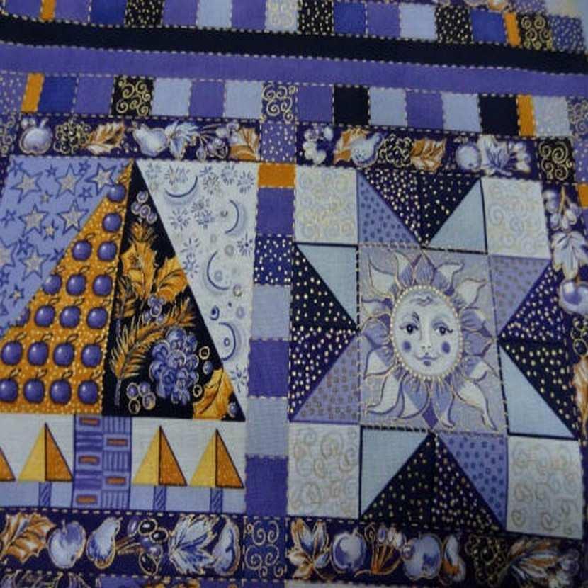 Coton imprime mauve violet et dore0