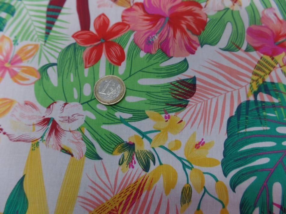 tissu Coton popeline blanche imprimé hawaïen ton rouge ,jaune ,vert ,rose en ligne