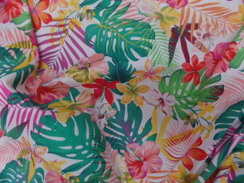 Coton popeline blanche imprimé hawaïen ton rouge ,jaune ,vert ,rose