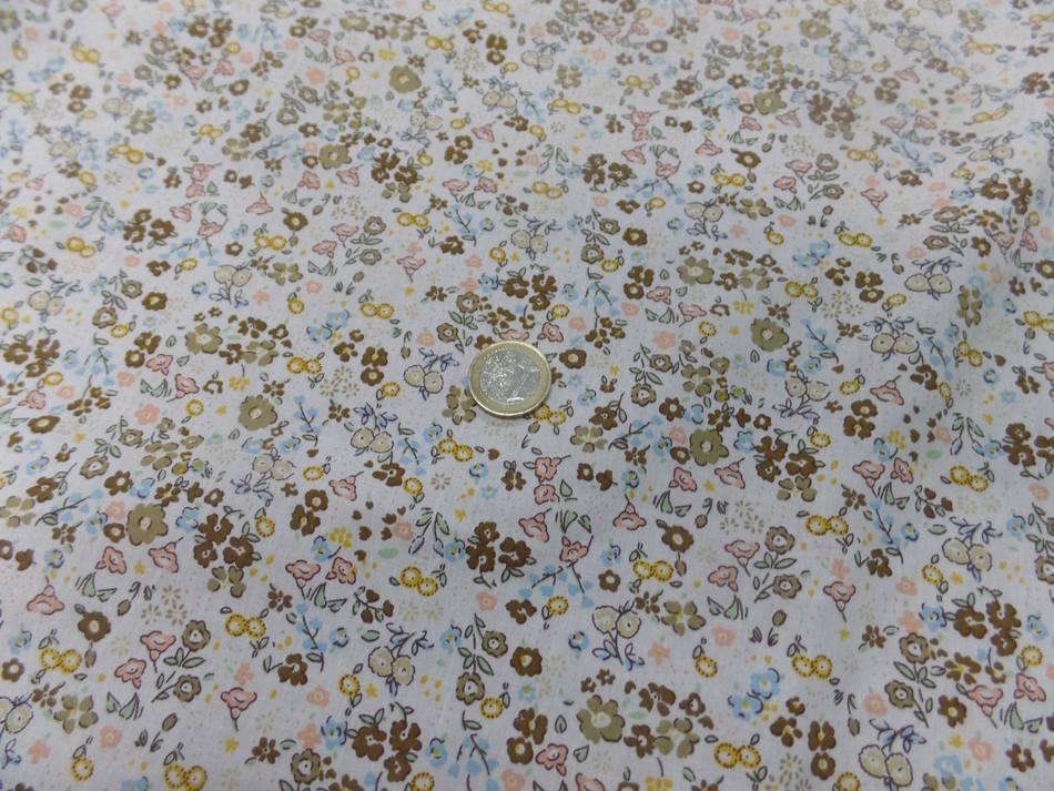 Coton popeline blanche imprime liberty fleurs kaki marron jaune et bleu2