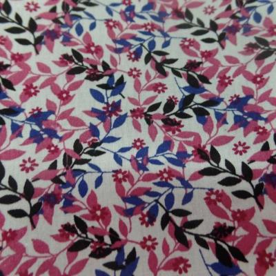 Coton popeline blanche imprime liberty fleurs rose noir et bleu