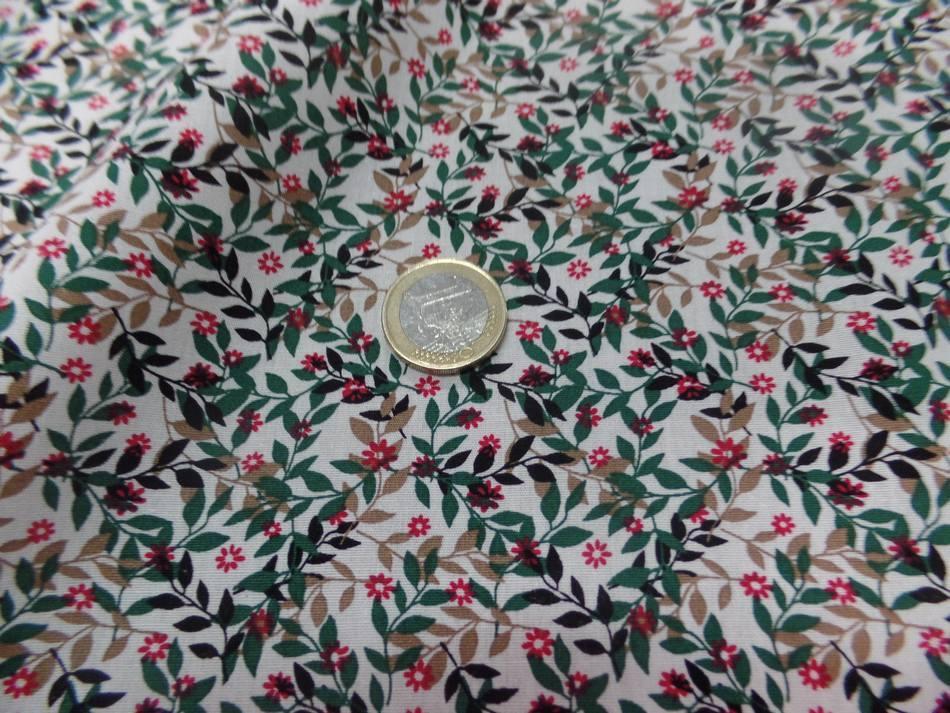 Coton popeline blanche imprimé liberty fleurs vert,noir et rouge