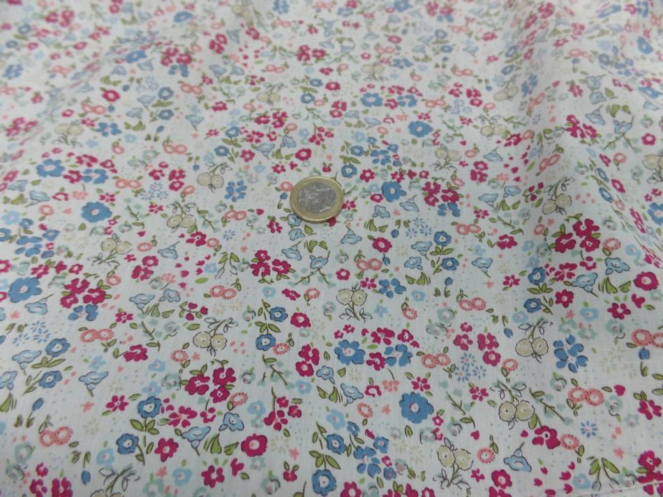 Coton popeline blanche imprime liberty rouge vert et bleu4