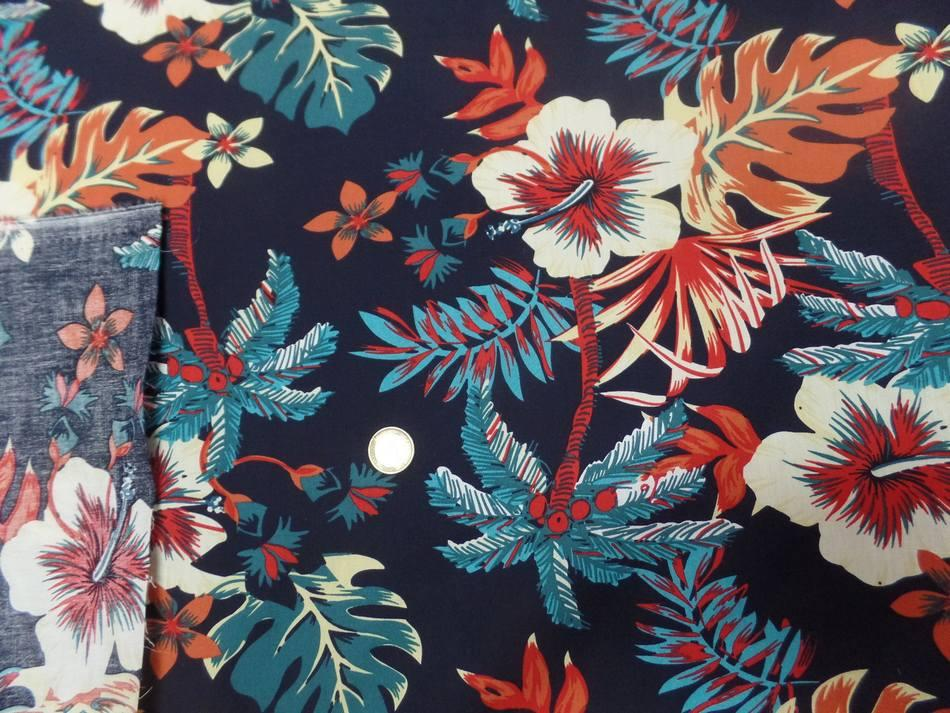 Coton popeline bleu nuit imprimé hawaïen ton rouge bleu blanc