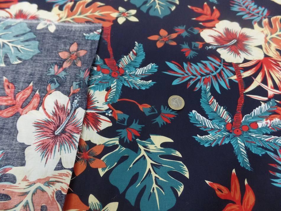 vente de tissu Coton popeline bleu nuit imprimé hawaïen ton rouge bleu blanc