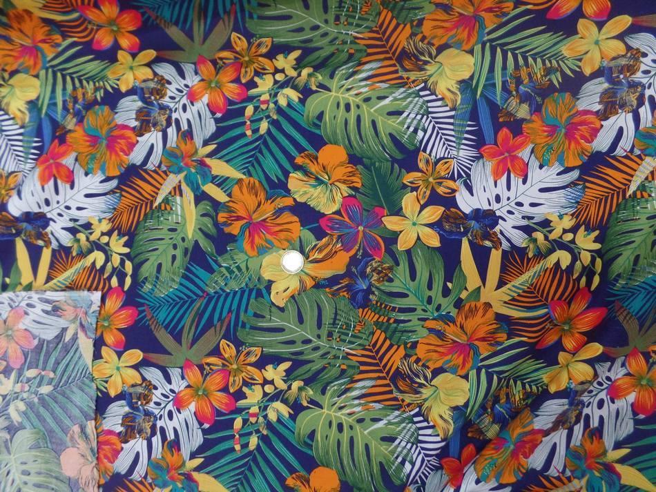 tissu Coton popeline bleu nuit imprimé hawaïen ton rouge ,vert ,orange ,bleu en ligne
