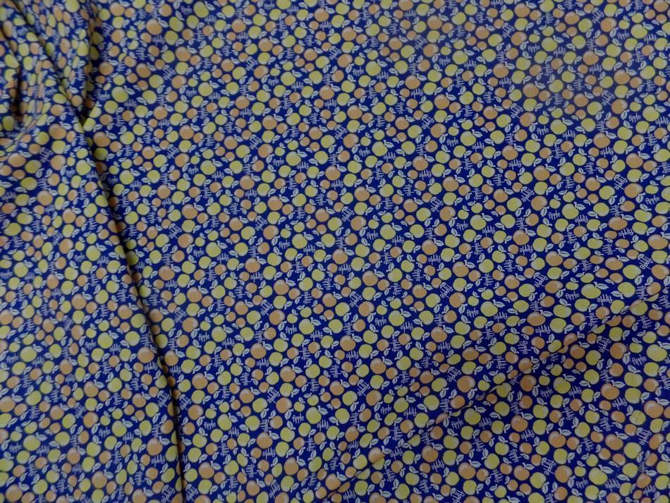 Coton popeline bleu nuit imprimé liberty motifs cerises jaune