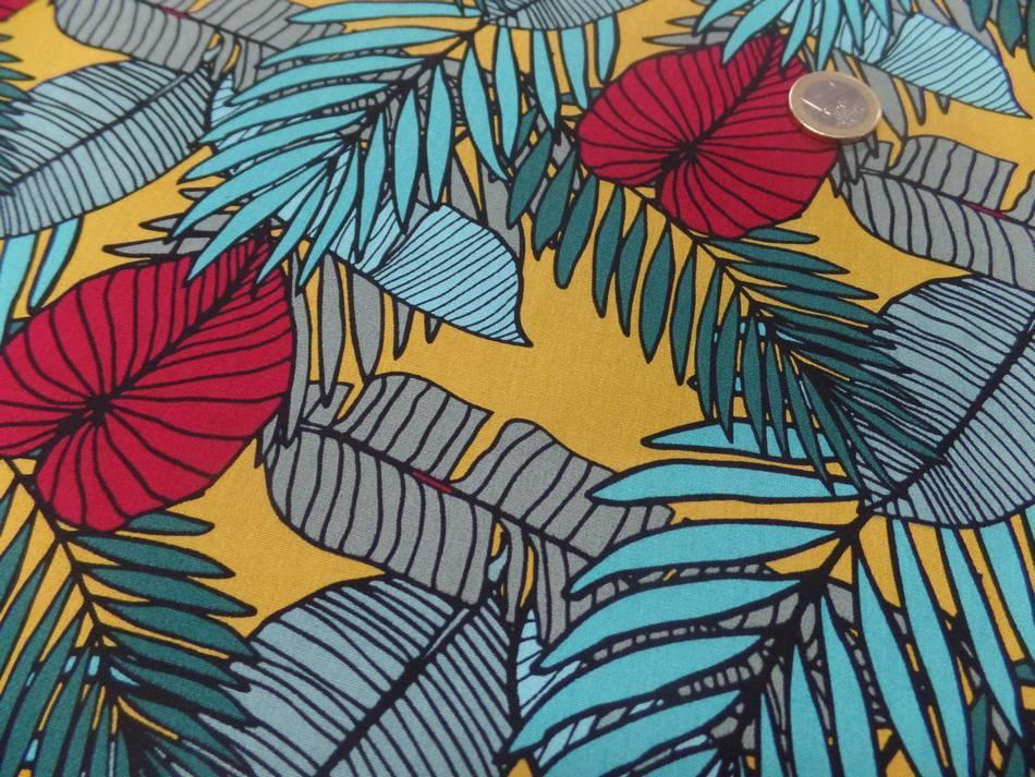Coton popeline imprimé fleurs ton bleu et rouge
