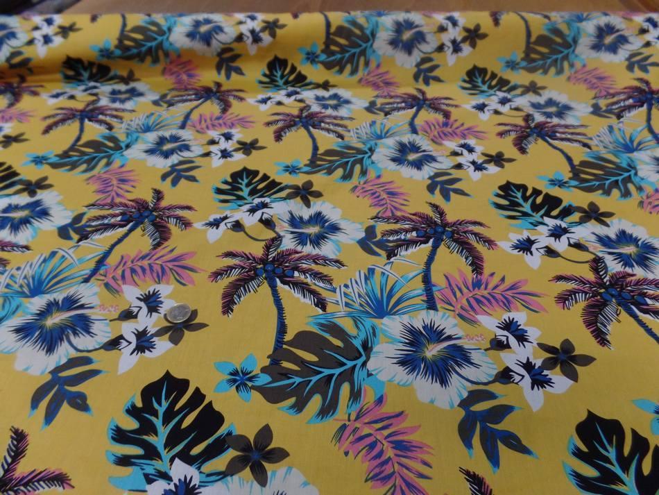 tissu coton popeline jaune safran imprime hawaïen ton blanc bleu noir marron