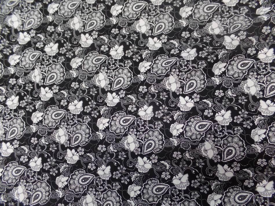coton popeline noire imprimé fleurs ton blanc en ligne