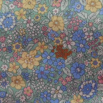 Coton popeline verte imprime liberty fleurs ton bleu rose jaune4