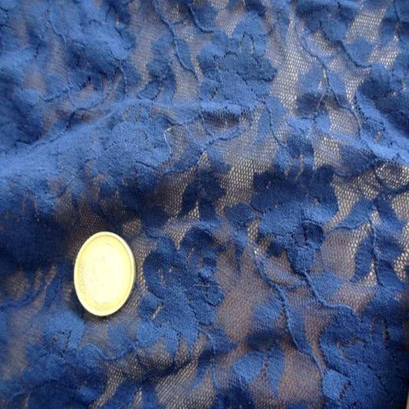 Coupon de 2 m de resille lycra dentelle bleu klein9