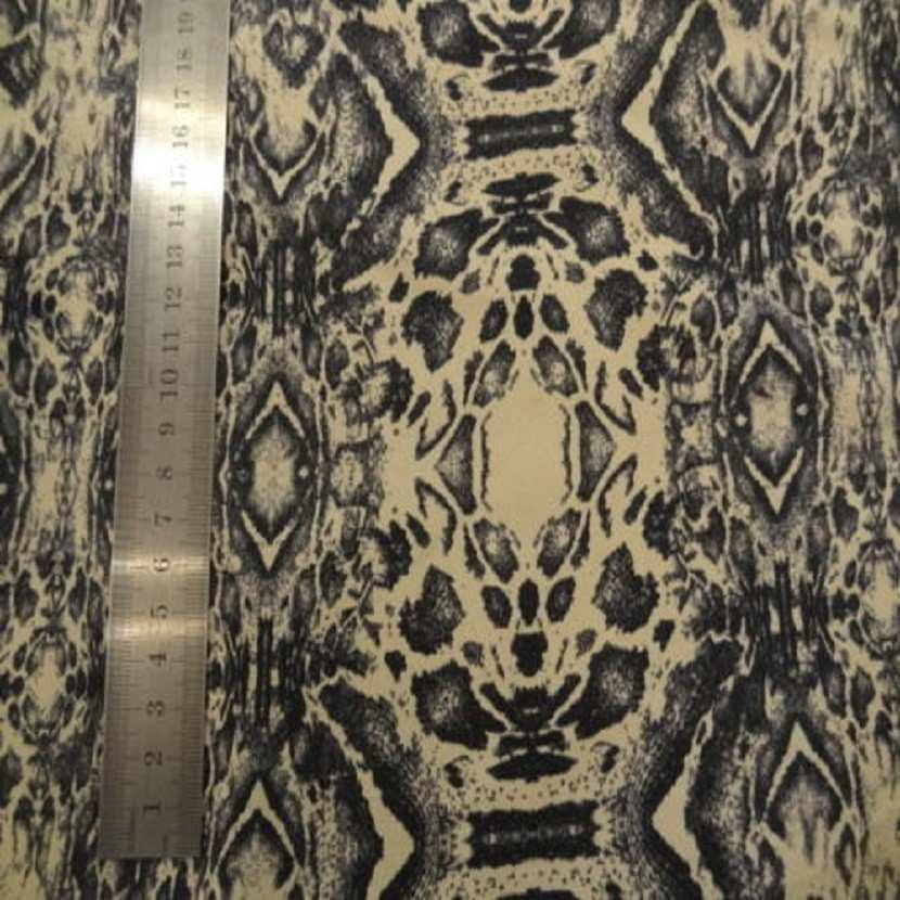 Coupon de gabardine lycra en coton beige imprime encre de chine