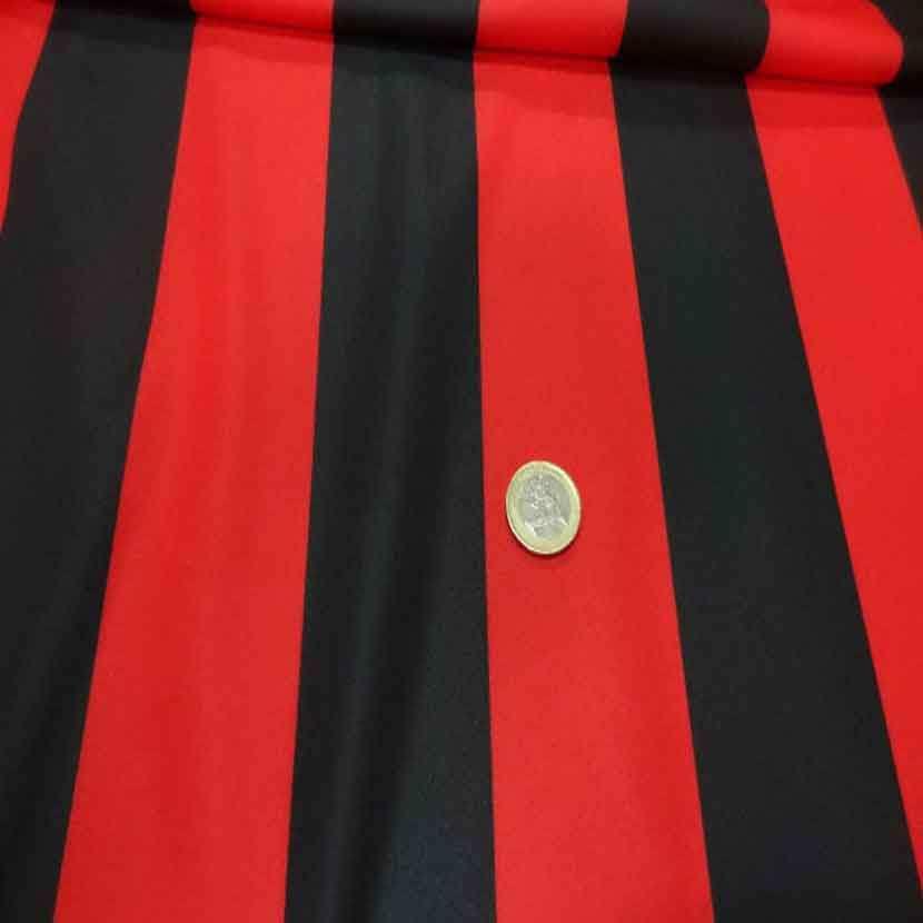 Coupon de jersey polyester a bandes rouge et noire 4m4