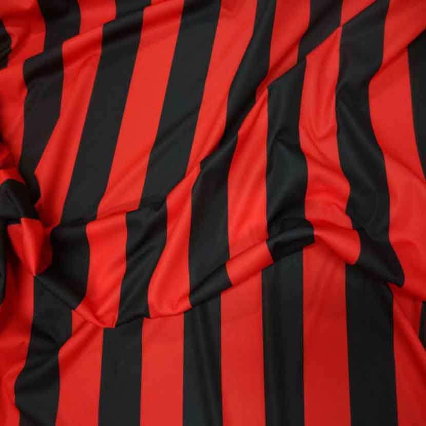 Coupon de jersey polyester a bandes rouge et noire 4m9
