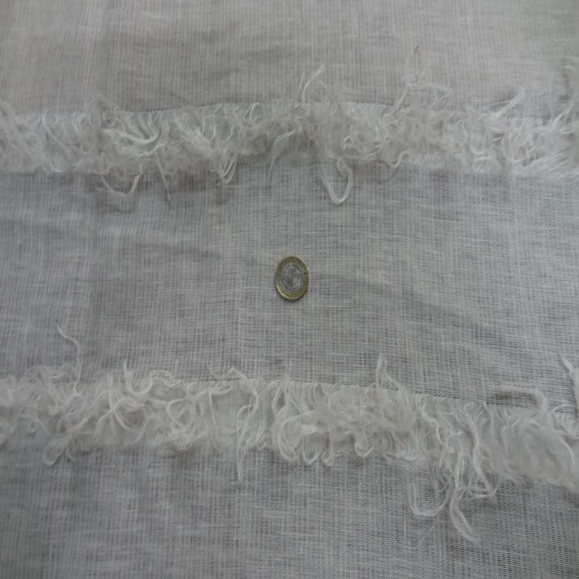 Coupon de lin blanc casse a frange 2 35m1