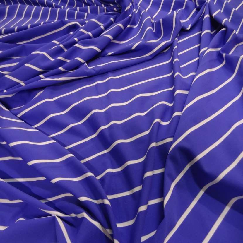 Coupon de lycra imprime lavande fonce a rayure blanche 1 80m4