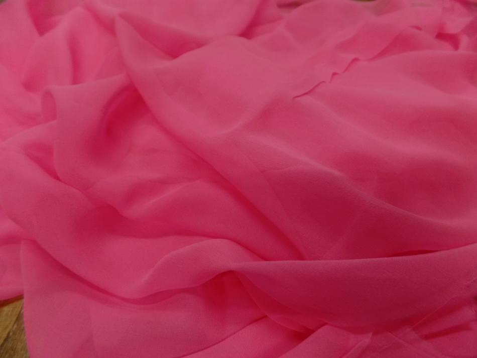 Coupon de mousseline de soie rose 4m