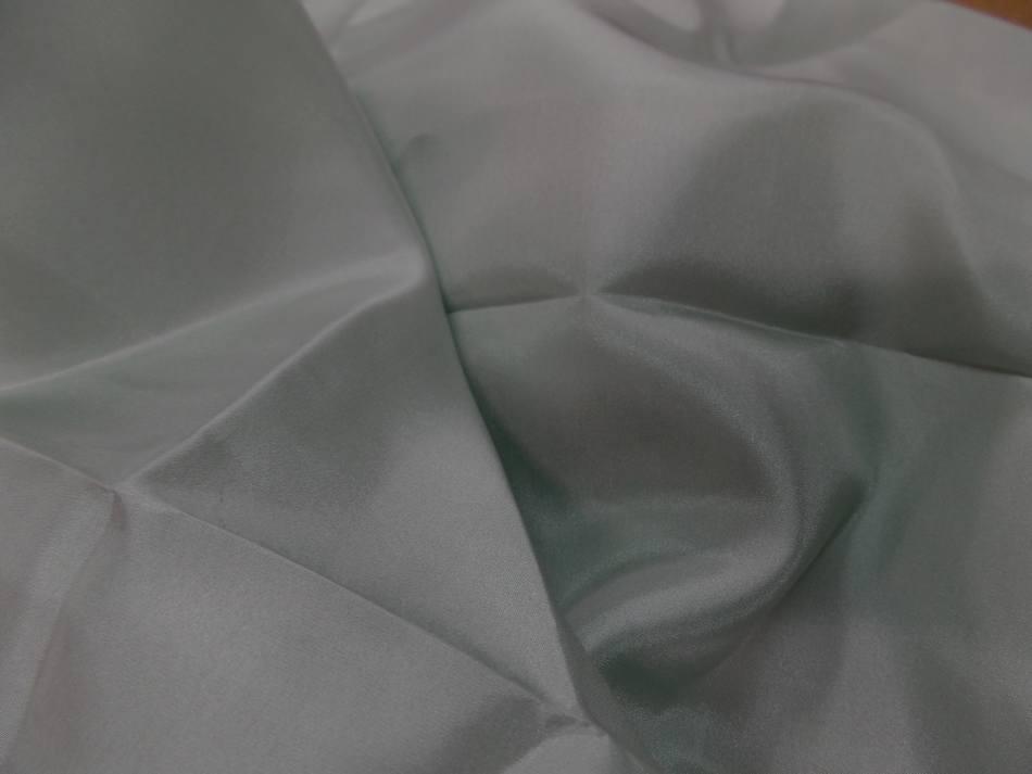 Coupon de ponge de soie vert d eau 1 50m4