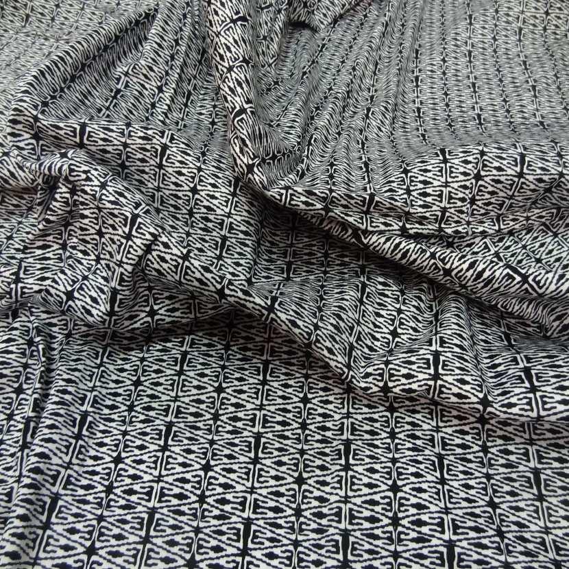 Coupon de popeline coton lycra imprime noir blanc 1 30m