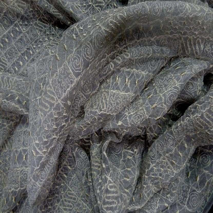 Coupon de resille grise brode 1 80m4