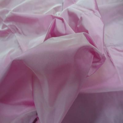 Coupon de taffetas tisse fils rose et blanc 1 10m6