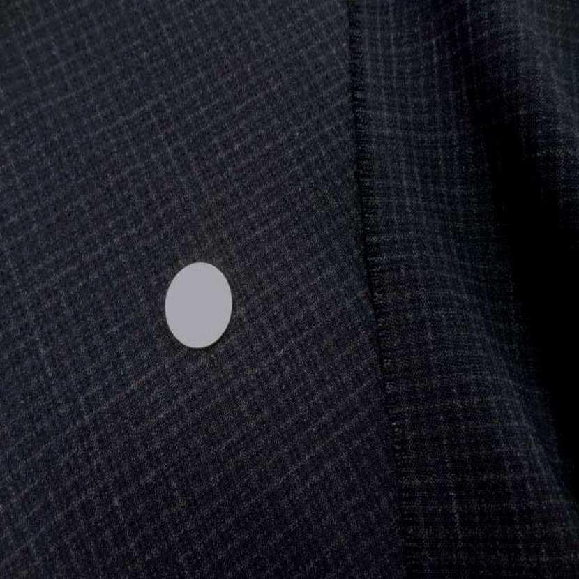 Coupon de tergal noir a petit carreaux 1 30m9