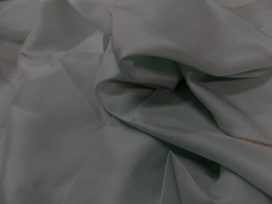 Coupon de tissu ponge de soie vert d eau 1 50m