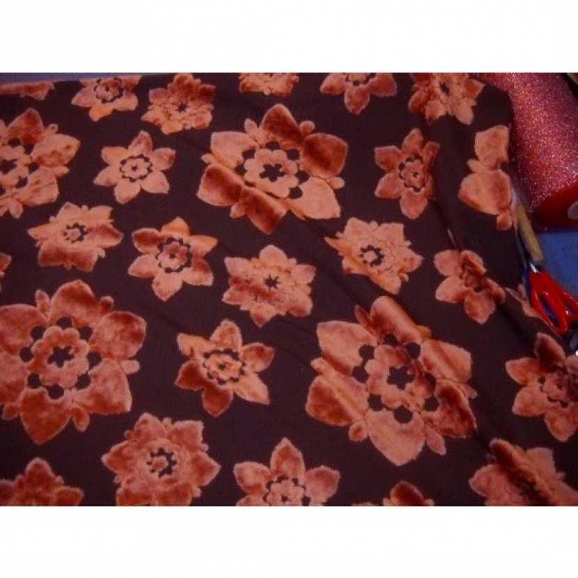 Coupon de tissus d ameublement motifs fleurs devore orange 1m