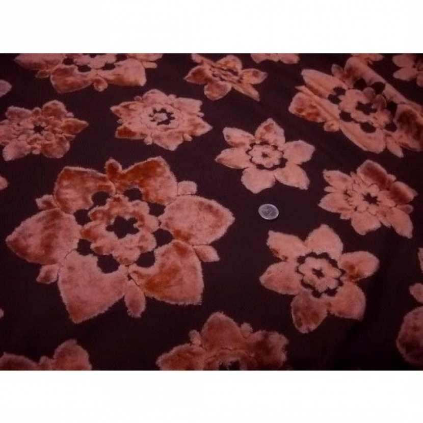 Coupon de tissus d ameublement motifs fleurs devore orange 1m5