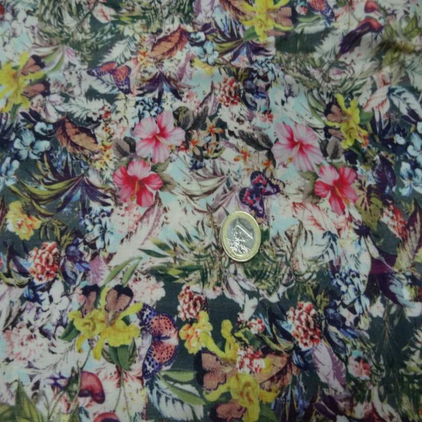 Coupon de viscose imprime fleurs05