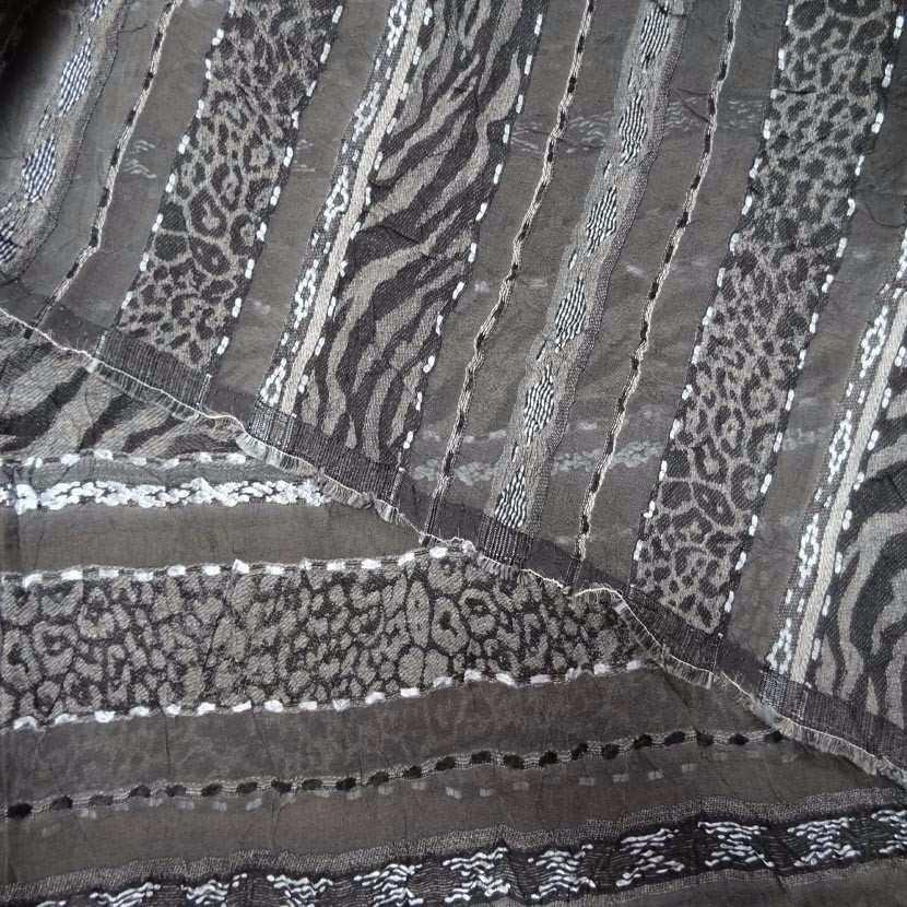 Coupon de voile froisse permanent brode gris 3 20m