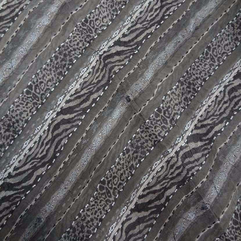 Coupon de voile froisse permanent brode gris 3 20m4