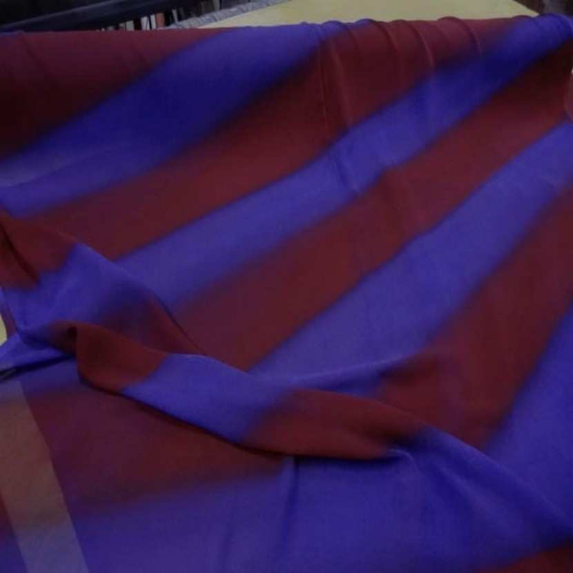 Crepe georgette a rayure ton rouille violet5