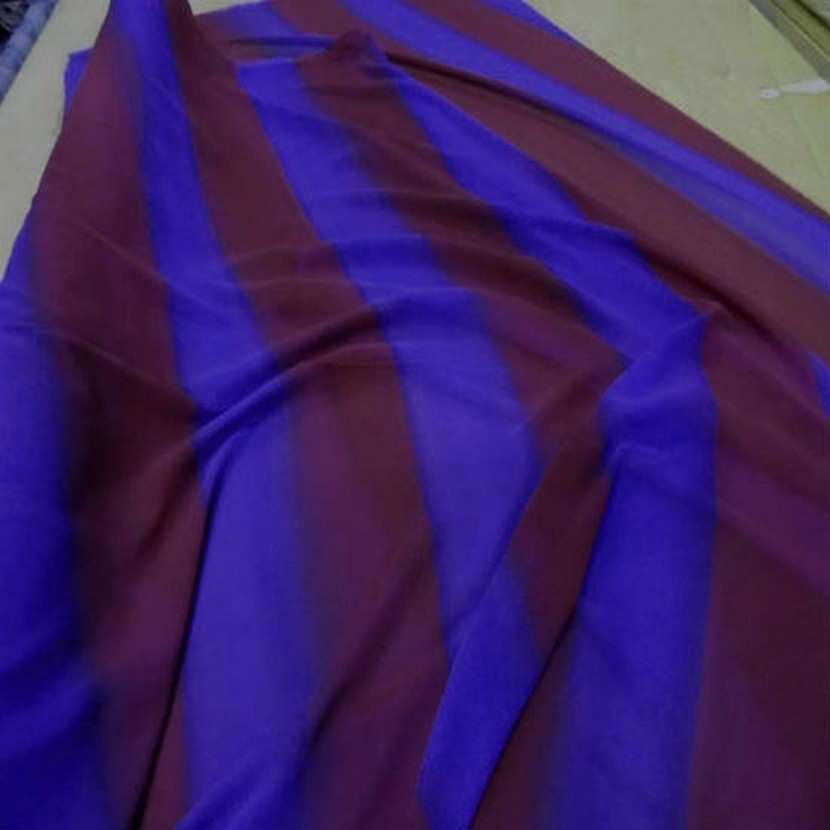 Crepe georgette a rayure ton rouille violet9 1