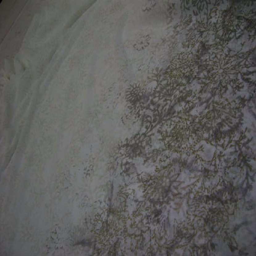 Crepon imprime blanc casse 1 40 m de large9