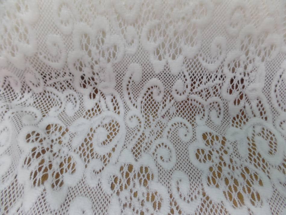 tissu dentelle de laine mélangé blanc cassé en 1.50m de large